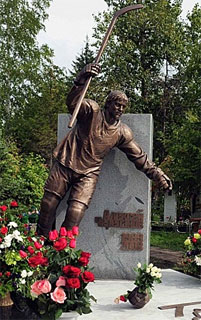 The grave site of Aleksei Cherepanov