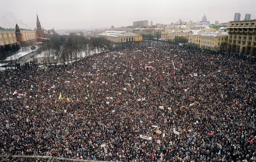 Even before April, 1991, the USSR was swept with protests. Here, some 100,000 protesters gather outside the Kremlin to demand the resignation of M. Gorbachev and his ministers in January, 1991.